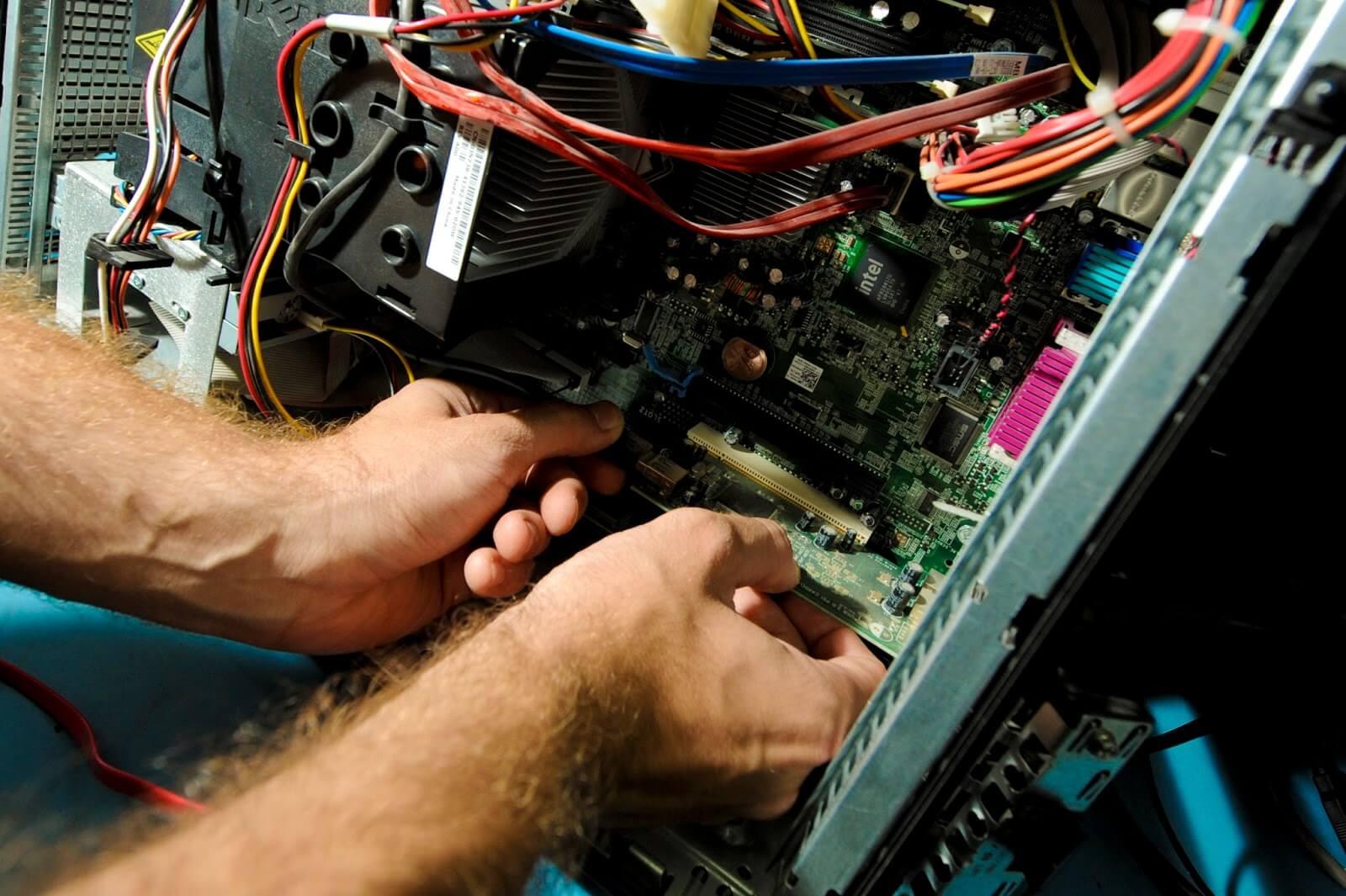 Для чего нужно учиться ремонту компьютеров